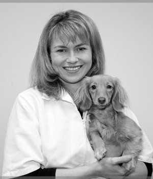 Dr. Christine Feleciano - Parkway Veterinary Hospital